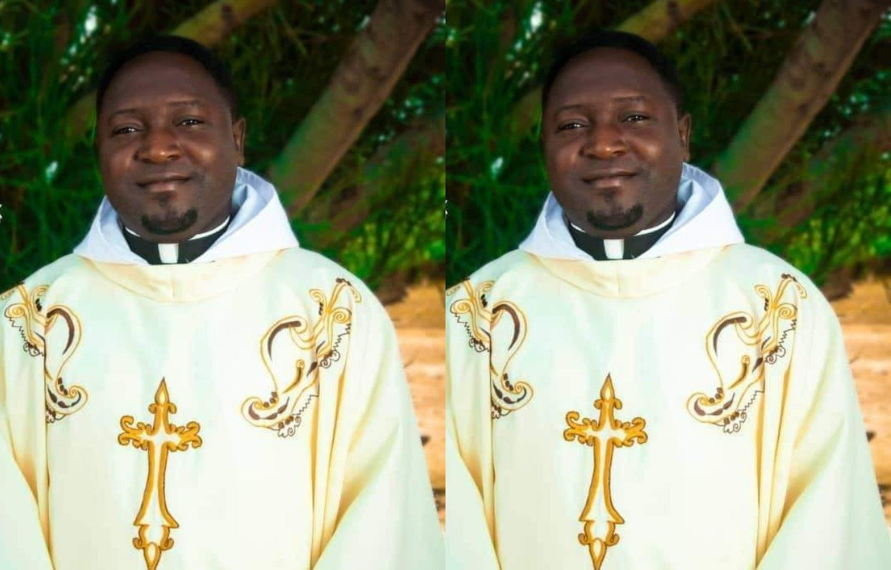 Catholic priest killed by bandits laid to rest