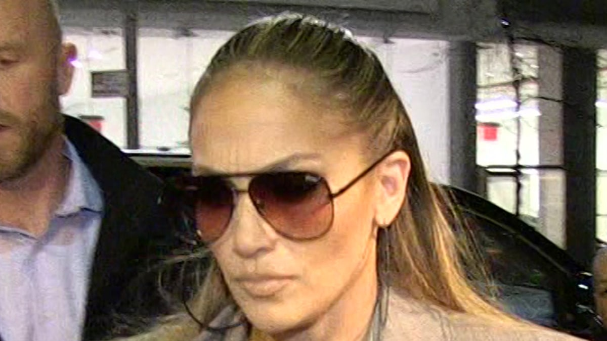 J Lo's L.A. Home Still Targeted with Multiple 911 Calls