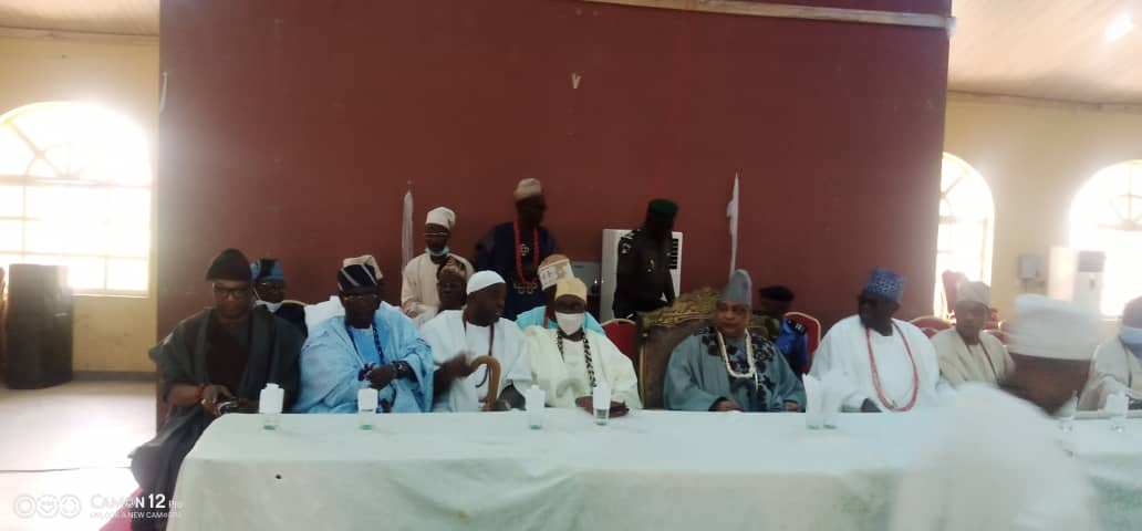 Remo Royals Meet With Youths, Discusses Rising Insecurity In Communities